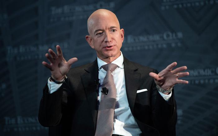 កត្តា ៤ យ៉ាងនេះដែលធ្វើឲ្យ Jeff Bezos ហ៊ានបោះប្រាក់រាប់ពាន់លានដុល្លារលើការសិក្សាពីលំហ